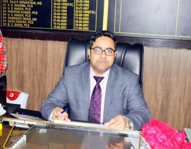ADDITIONAL DEPUTY COMMISSIONER (DEVELOPMENT) ANNOUNCES INITIATIVE TO TACKLE MANPOWER SHORTAGE IN DISTRICT'S HEALTH FACILITIES ADC ASSURES HOSPITALS OF SKILLED PROFESSIONALS FOR TREATING COVID-19 ADMINISTRATION TO PROVIDE FREE TRAINING TO FRESH CANDIDATES AS WELL AS RPL IN SIX JOB ROLES