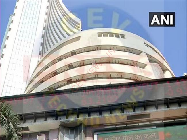 Read more about the article Equity indices trade flat, Zee Entertainment up 20 pc